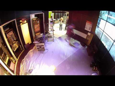 Taking INTEROP 2011 Into The Clouds - Building The Booth [High Quality] [HQ]