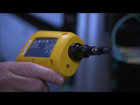 FI-3000 FiberInspector™ Ultra MPO Camera By Fluke Networks