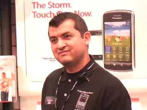 BlackBerry Storm Flying Off Verizon Wireless Shelves